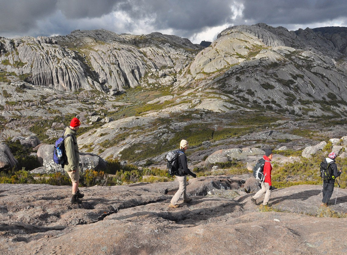 Pioneerexpeditions madagascar holiday specialists eastern climbing trek madagascar publicscrutiny Image collections